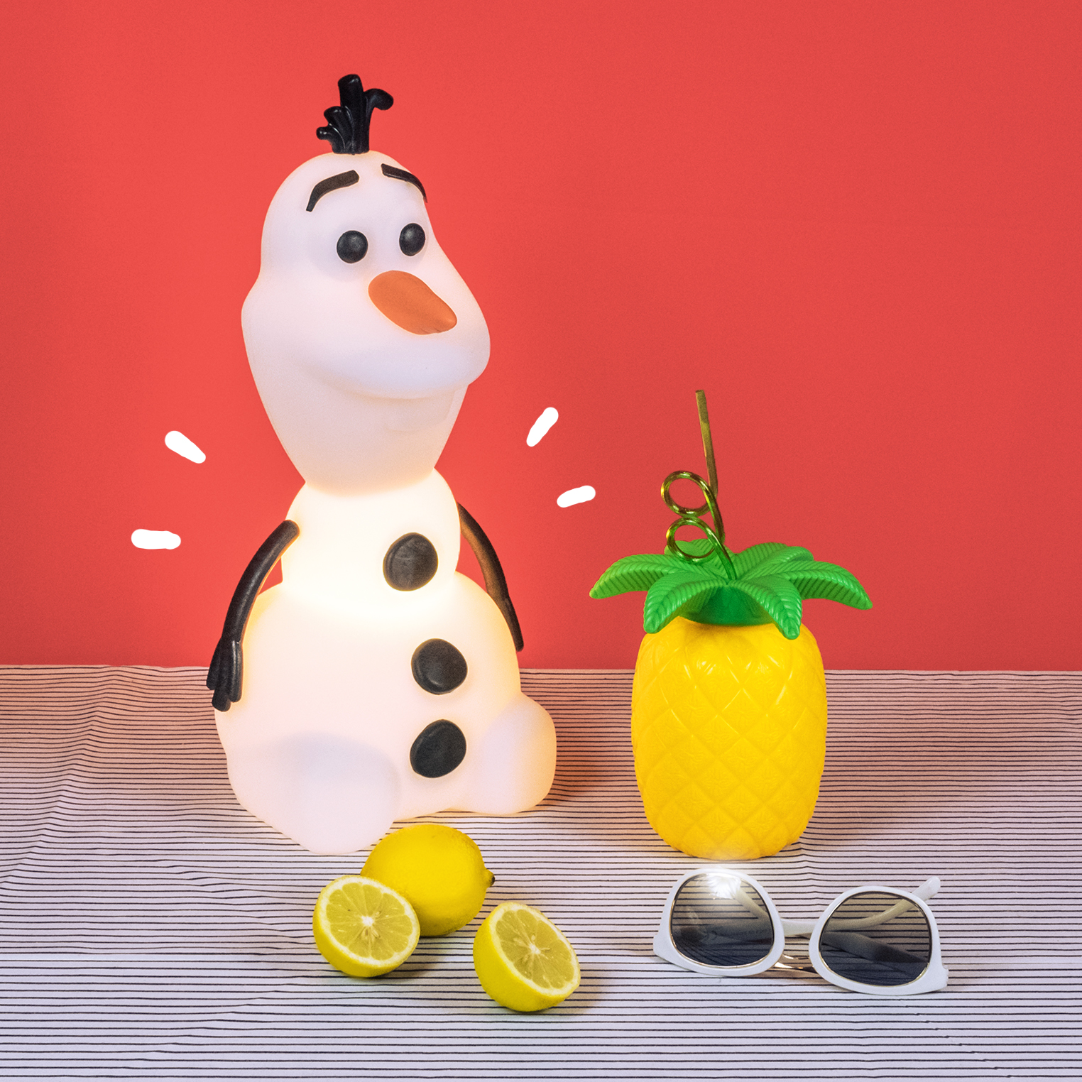 Dicas para arrumar a casa para o Natal Luminária Olaf Frozen Disney