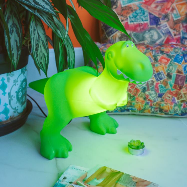 quarto de dinossauro menino bebê luminária rex toy story