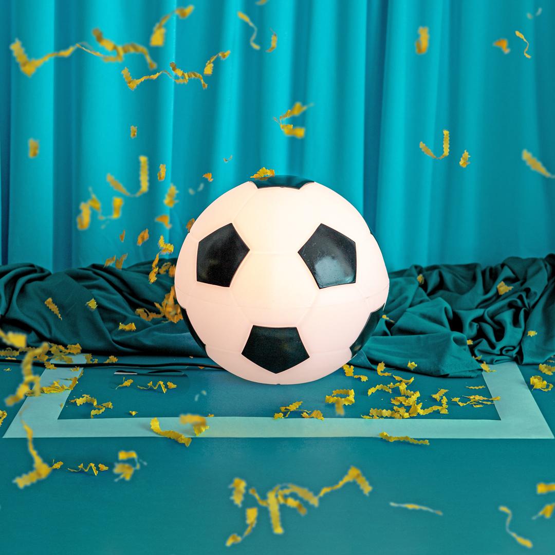 presente de dia das crianças luminária bola de futebol